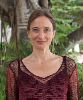 Portrait Paramjyoti Carola Stieber